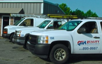 HVAC service vehicles in Murfreesboro